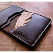 Big Red Beard Bi-Fold Wallet Black + Handcrafted Beard Comb